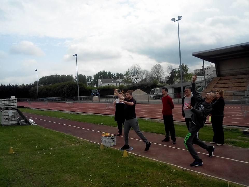 recherche rencontre gay athletes a Neuilly-sur-Marne